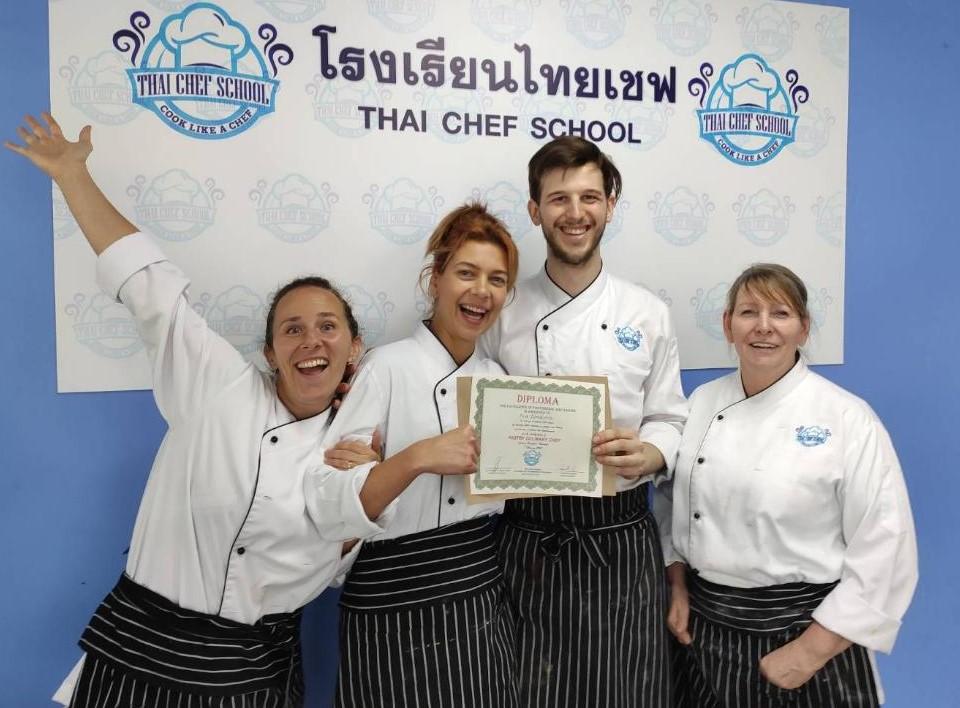 Chef JB Bangkok Thai Cooking AcademyPastry Graduation