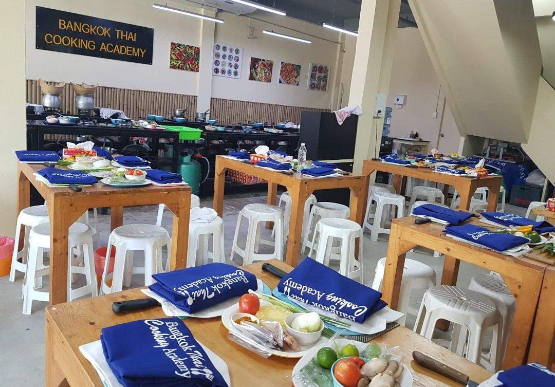 Chef Dao Team Building Bangkok Thai Cooking Academy