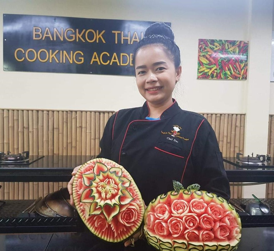 Chef Dao Fruit Carving Instructor